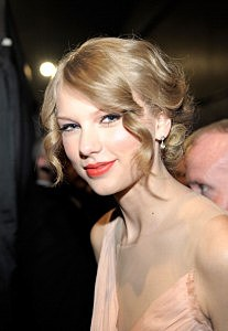 2011 People's Choice Awards - Taylor Swift