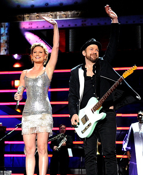 Sugarland Battles Newcomer Kip Moore On Today's Daily Duel