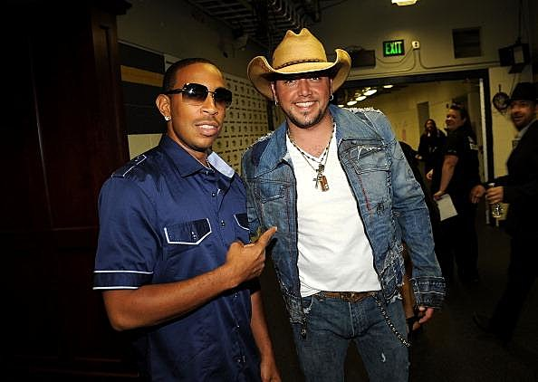 Jason Aldean And Luducris 2011 CMT Music Awards