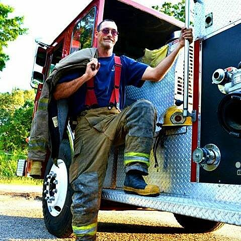 Chad Hardisty KNUE Hometown Hero
